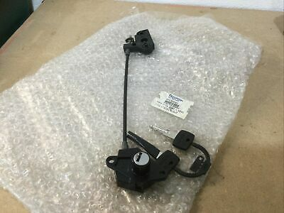 Triumph Rocket 111 Classic & Roadster Seat Lock Mechanism NEW • 39.99£