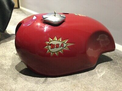 BSA A65 Spitfire Fuel Tank And Side Panels • 600£