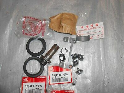 Honda RC30 VFR750R Assorted New And Used Parts. • 15£