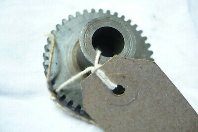 Royal Enfied Magneto Drive Gear 40 Tooth, NOS, • 20£